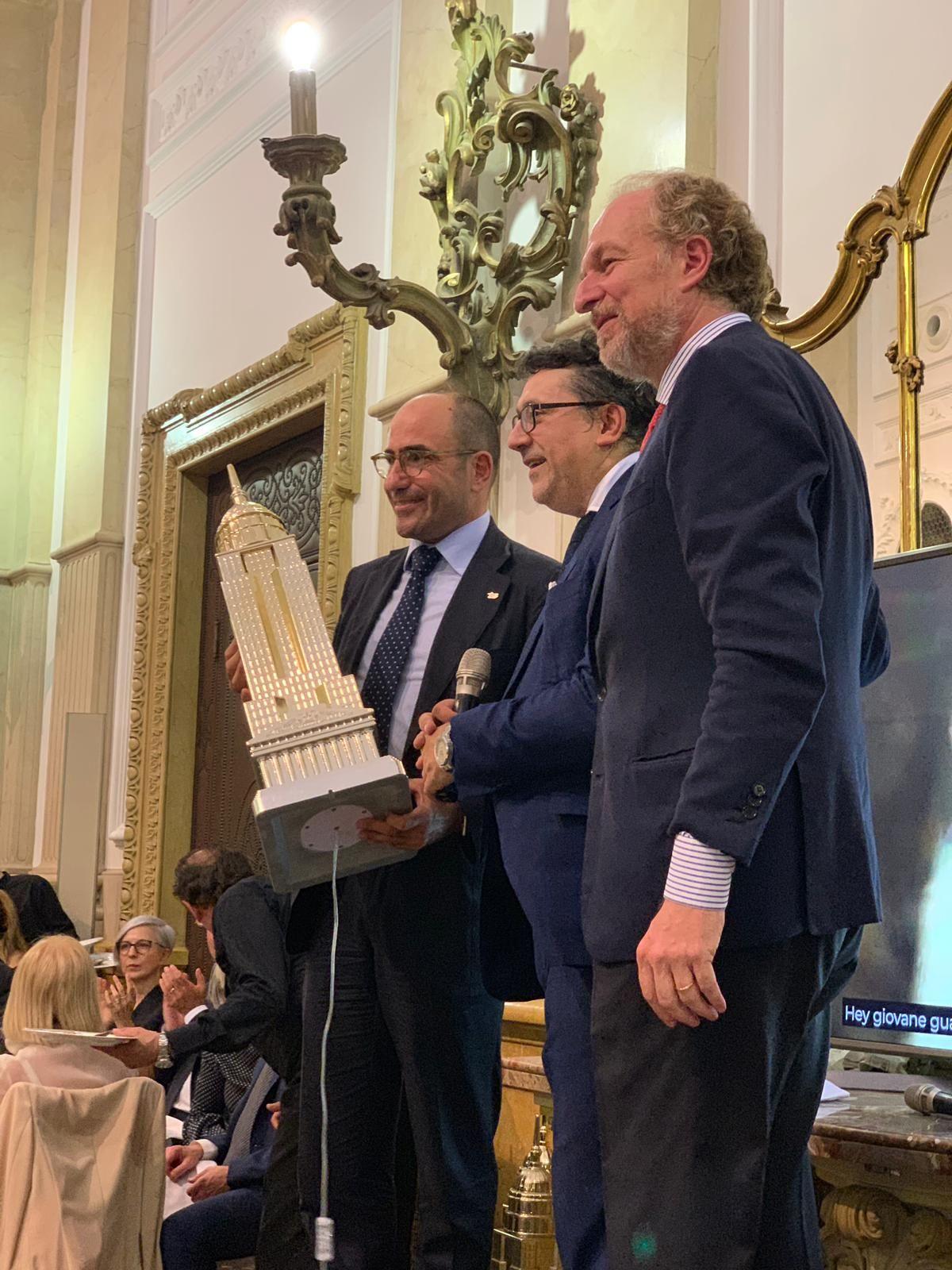 ALIS premiata agli Stati Generali del Mondo del Lavoro a Torino. presente il Sindaco Chiara Appendino